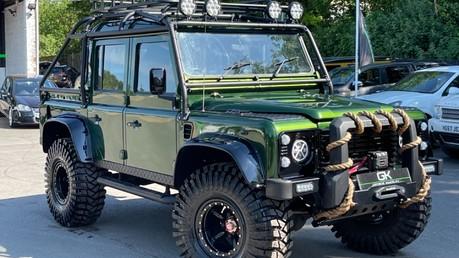 Land Rover Defender 110 TD5 DOUBLE CAB SPECTRE - LAMBORGHINI VERDE ERMES PEARL GREEN Video