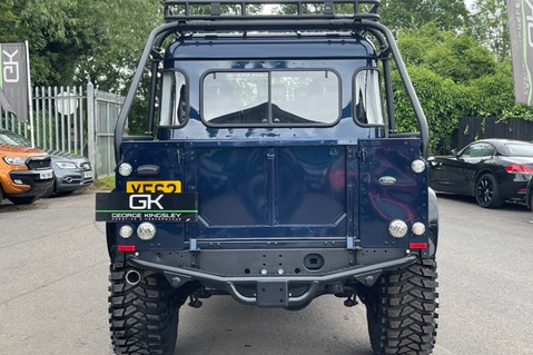 Land Rover Defender 110 2.2 TD COUNTY DOUBLE CAB - SPECTRE INSPIRED - LOIRE BLUE 6