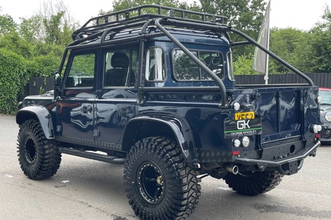 Land Rover Defender 110 2.2 TD COUNTY DOUBLE CAB - SPECTRE INSPIRED - LOIRE BLUE 2