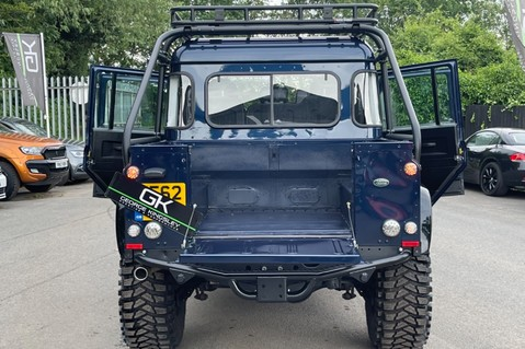 Land Rover Defender 110 2.2 TD COUNTY DOUBLE CAB - SPECTRE INSPIRED - LOIRE BLUE 15