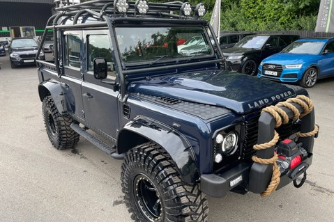Land Rover Defender 110 2.2 TD COUNTY DOUBLE CAB - SPECTRE INSPIRED - LOIRE BLUE 17