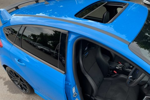 Ford Focus RS -LUX PACK -BUCKET SEATS -EVERY FACTORY EXTRA- 1 OWNER -4 FORD SERVICES 23