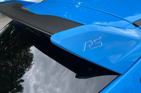 Ford Focus RS -LUX PACK -BUCKET SEATS -EVERY FACTORY EXTRA- 1 OWNER -4 FORD SERVICES 24