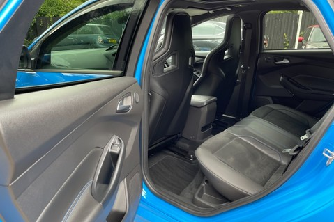 Ford Focus RS -LUX PACK -BUCKET SEATS -EVERY FACTORY EXTRA- 1 OWNER -4 FORD SERVICES 41