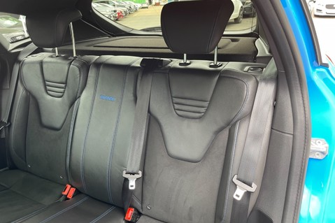 Ford Focus RS -LUX PACK -BUCKET SEATS -EVERY FACTORY EXTRA- 1 OWNER -4 FORD SERVICES 45