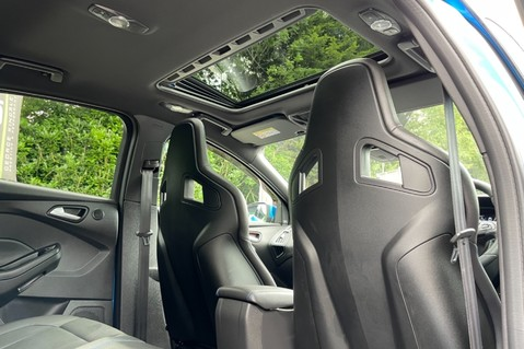 Ford Focus RS -LUX PACK -BUCKET SEATS -EVERY FACTORY EXTRA- 1 OWNER -4 FORD SERVICES 11