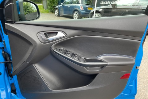 Ford Focus RS -LUX PACK -BUCKET SEATS -EVERY FACTORY EXTRA- 1 OWNER -4 FORD SERVICES 51