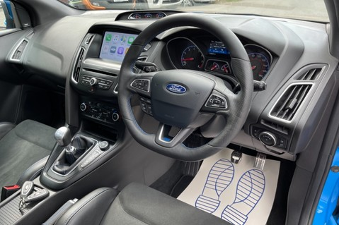 Ford Focus RS -LUX PACK -BUCKET SEATS -EVERY FACTORY EXTRA- 1 OWNER -4 FORD SERVICES 52