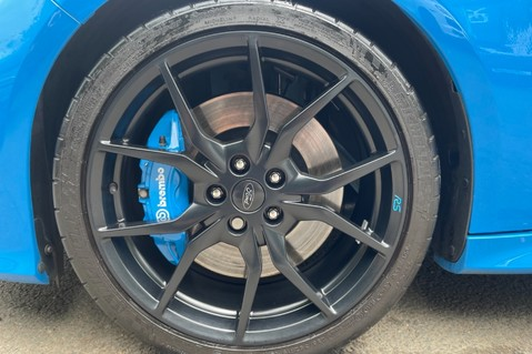 Ford Focus RS -LUX PACK -BUCKET SEATS -EVERY FACTORY EXTRA- 1 OWNER -4 FORD SERVICES 80