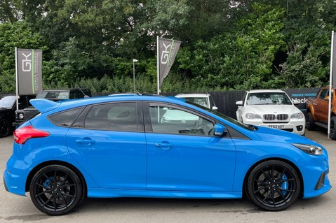 Ford Focus RS -LUX PACK -BUCKET SEATS -EVERY FACTORY EXTRA- 1 OWNER -4 FORD SERVICES 5