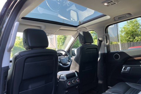 Land Rover Discovery SD4 HSE - PAN ROOF - LOW TAX - 7 SEATS - FULL LAND ROVER SERVICE HISTORY 34