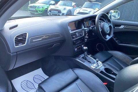 Audi RS4 RS4 AVANT FSI QUATTRO- SPORTS PACKAGE- ADAPTIVE CRUISE- B&O- CRYSTAL PAINT 12