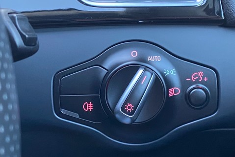 Audi RS4 RS4 AVANT FSI QUATTRO- SPORTS PACKAGE- ADAPTIVE CRUISE- B&O- CRYSTAL PAINT 38
