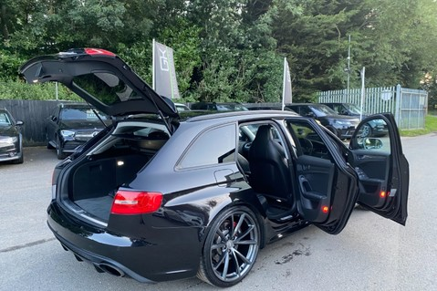Audi RS4 RS4 AVANT FSI QUATTRO- SPORTS PACKAGE- ADAPTIVE CRUISE- B&O- CRYSTAL PAINT 110
