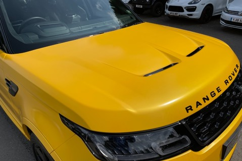 Land Rover Range Rover Sport SVR -RARE PREMIUM PALLETE MATT YELLOW-HEAD UP-ELECTRIC STEPS- SLIDING ROOF 32
