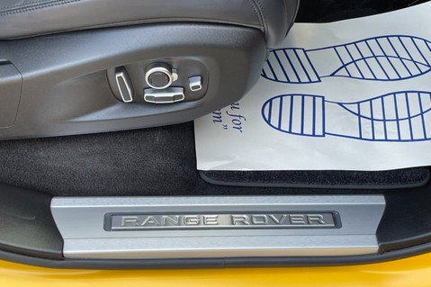 Land Rover Range Rover Sport SVR -RARE PREMIUM PALLETE MATT YELLOW-HEAD UP-ELECTRIC STEPS- SLIDING ROOF 76