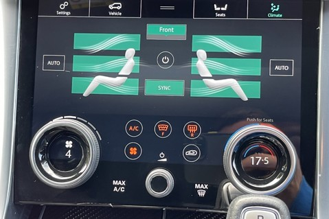 Land Rover Range Rover Sport SVR -RARE PREMIUM PALLETE MATT YELLOW-HEAD UP-ELECTRIC STEPS- SLIDING ROOF 95
