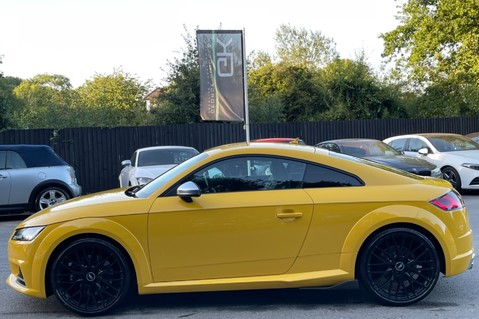 Audi TT TTS TFSI QUATTRO - VEGAS YELLOW- 20 INCH ALLOYS- CRUISE- HIGHBEAM ASSIST 7