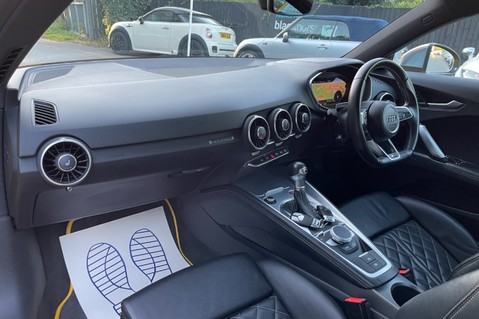 Audi TT TTS TFSI QUATTRO - VEGAS YELLOW- 20 INCH ALLOYS- CRUISE- HIGHBEAM ASSIST 33