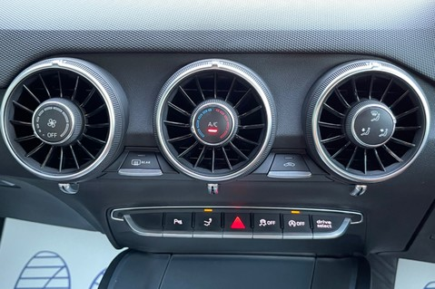 Audi TT TTS TFSI QUATTRO - VEGAS YELLOW- 20 INCH ALLOYS- CRUISE- HIGHBEAM ASSIST 58