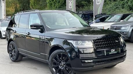 Land Rover Range Rover TDV6 VOGUE SE- EURO 6 / ULEZ READY - ALL BLACK + IVORY LEATHER -DIGITAL TV Video