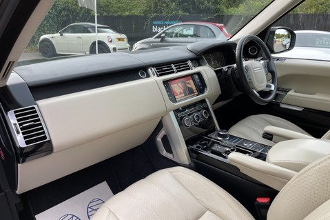 Land Rover Range Rover TDV6 VOGUE SE- EURO 6 / ULEZ READY - ALL BLACK + IVORY LEATHER -DIGITAL TV 23