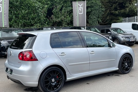 Volkswagen Golf GTI EDITION 30 T - FSH - APPLE CAR PLAY - XENONS - HEATED FRONT SEATS 11