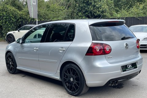 Volkswagen Golf GTI EDITION 30 T - FSH - APPLE CAR PLAY - XENONS - HEATED FRONT SEATS 2