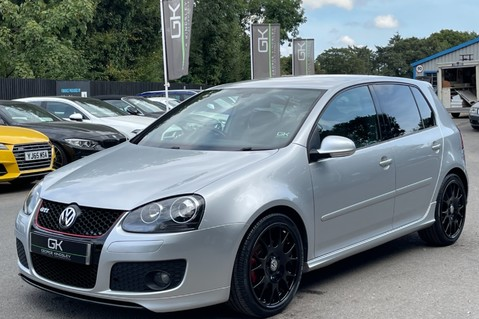 Volkswagen Golf GTI EDITION 30 T - FSH - APPLE CAR PLAY - XENONS - HEATED FRONT SEATS 13