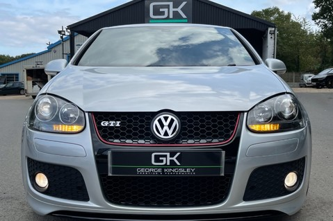 Volkswagen Golf GTI EDITION 30 T - FSH - APPLE CAR PLAY - XENONS - HEATED FRONT SEATS 17