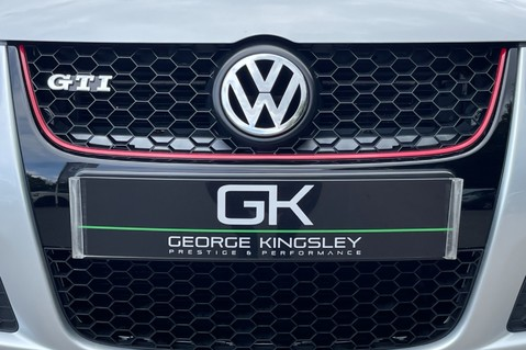 Volkswagen Golf GTI EDITION 30 T - FSH - APPLE CAR PLAY - XENONS - HEATED FRONT SEATS 18