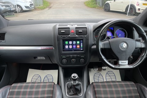 Volkswagen Golf GTI EDITION 30 T - FSH - APPLE CAR PLAY - XENONS - HEATED FRONT SEATS 3