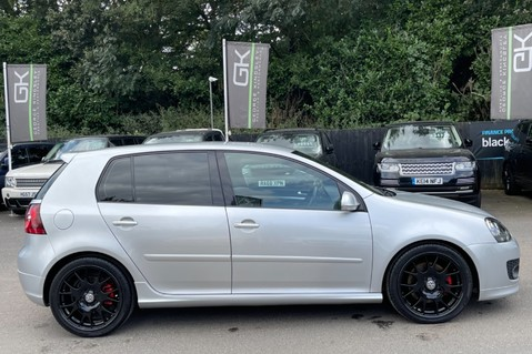 Volkswagen Golf GTI EDITION 30 T - FSH - APPLE CAR PLAY - XENONS - HEATED FRONT SEATS 10