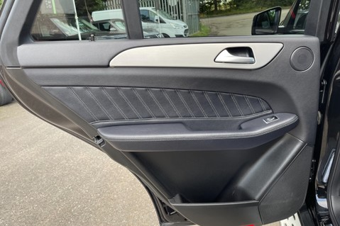 Mercedes-Benz Gle GLE 350 D 4MATIC AMG LINE PREMIUM PLUS -ONE OWNER FROM NEW -PAN ROOF- FMBSH 35