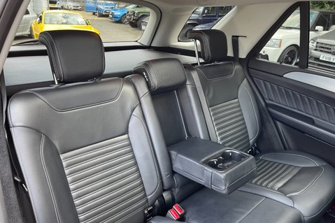 Mercedes-Benz Gle GLE 350 D 4MATIC AMG LINE PREMIUM PLUS -ONE OWNER FROM NEW -PAN ROOF- FMBSH 38