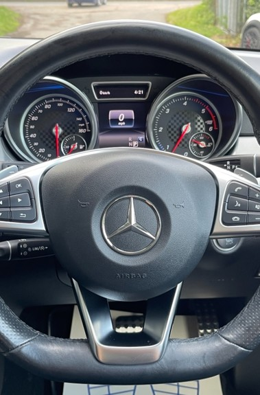 Mercedes-Benz Gle GLE 350 D 4MATIC AMG LINE PREMIUM PLUS -ONE OWNER FROM NEW -PAN ROOF- FMBSH