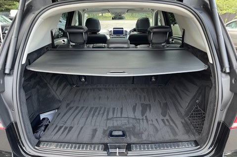 Mercedes-Benz Gle GLE 350 D 4MATIC AMG LINE PREMIUM PLUS -ONE OWNER FROM NEW -PAN ROOF- FMBSH 77