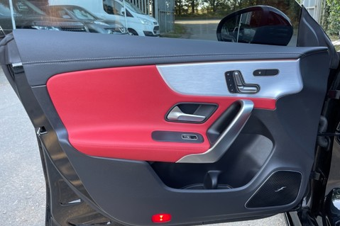 Mercedes-Benz Cla Class AMG CLA 45 S 4MATICPLUS PLUS - BODYKIT- BURMESTER- PAN ROOF 36