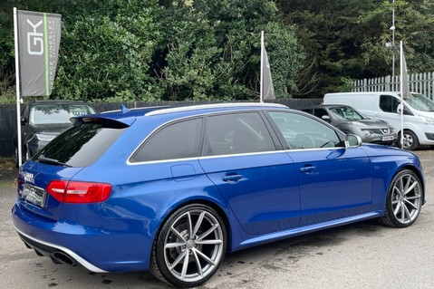 Audi RS4 RS4 AVANT FSI QUATTRO - £9k WORTH OF EXTRAS - BUCKET SEATS - SPORTS PACKAGE 12
