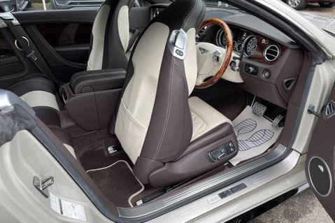 Bentley Continental GT GT V8 S - MULLINER - BESPOKE PEARL WHITE SAND -IVORY CHOCOLATE 39