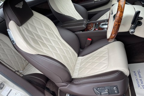 Bentley Continental GT GT V8 S - MULLINER - BESPOKE PEARL WHITE SAND -IVORY CHOCOLATE 40