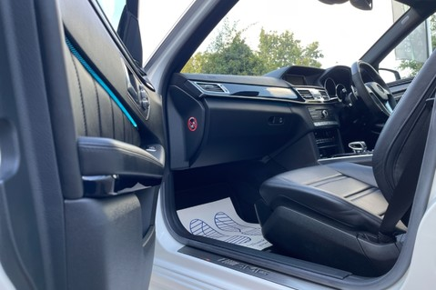 Mercedes-Benz E Class AMG E 63 - MASSAGING SEATS - HARMAN/KARDON SOUND SYSTEM - SAT NAV 46