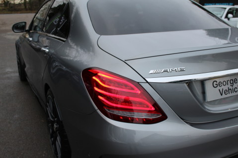 Mercedes-Benz C Class AMG C 63 S PREMIUM-AMG EXHAUST/NIGHT PK/INTELIGENT LED 25
