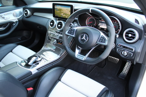 Mercedes-Benz C Class AMG C 63 S PREMIUM - CARBON INTERIOR/DISTRONIC PLUS 41