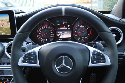Mercedes-Benz C Class AMG C 63 S PREMIUM - CARBON INTERIOR/DISTRONIC PLUS 46