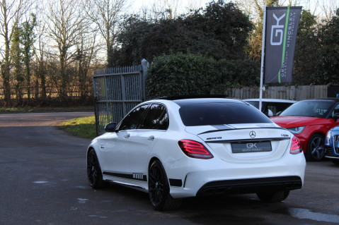 Mercedes-Benz C Class AMG C 63 S PREMIUM - CARBON INTERIOR/DISTRONIC PLUS 81