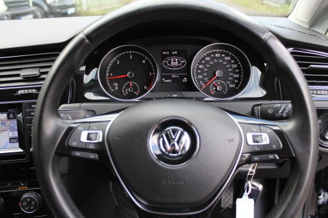 Volkswagen Golf GT TDI BMT - SAT NAV - REVERSING CAMERA- BLUETOOTH-CAMBELT CHANGED -£20 TAX 25