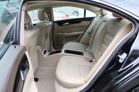Mercedes-Benz CLS CLS63 AMG BI-TURBO - TV/DAB/HARMAN-KARDON/COOLED MASSAGE SEATS 31