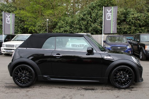 Mini Convertible COOPER SD -JCW AERO KIT- £7470 WORTH OF EXTRAS - SATNAV/DAB/XENON/KEYLESS 6