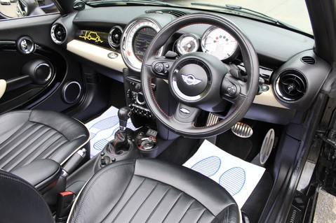 Mini Convertible COOPER SD -JCW AERO KIT- £7470 WORTH OF EXTRAS - SATNAV/DAB/XENON/KEYLESS 44